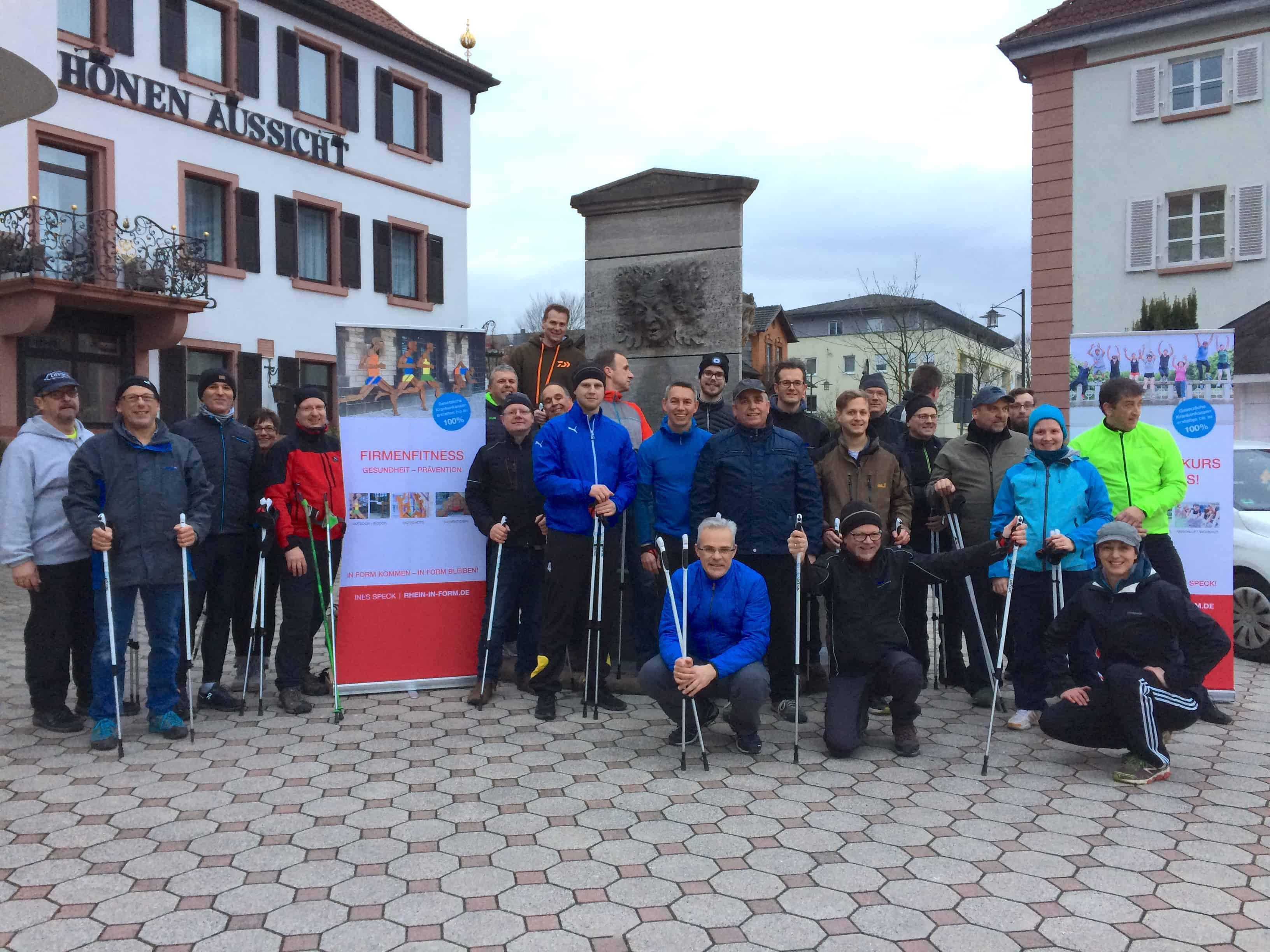 Nordic Walking als Teamevent der Lenze Gruppe